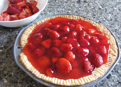 pieglaze1 Moms Strawberry Pie  Recipe Review
